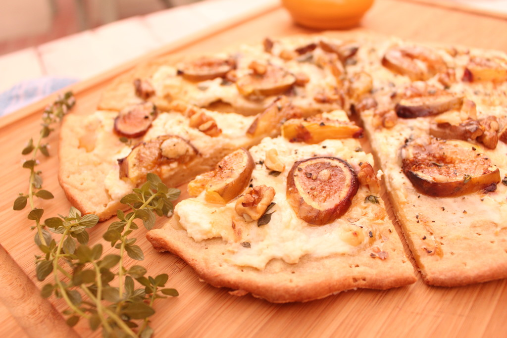 Ricotta Fig Dessert Pizza