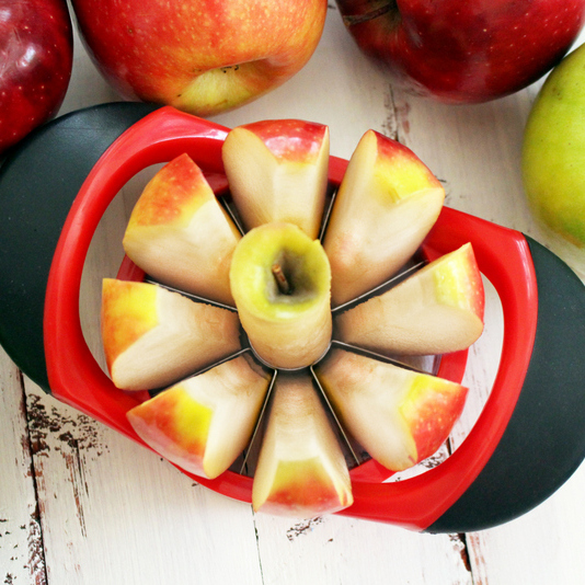 Dynamic Chef Apple Slicer