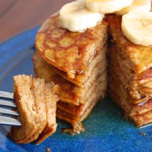 Healthy Pumpkin Pancakes (Gluten-Free)