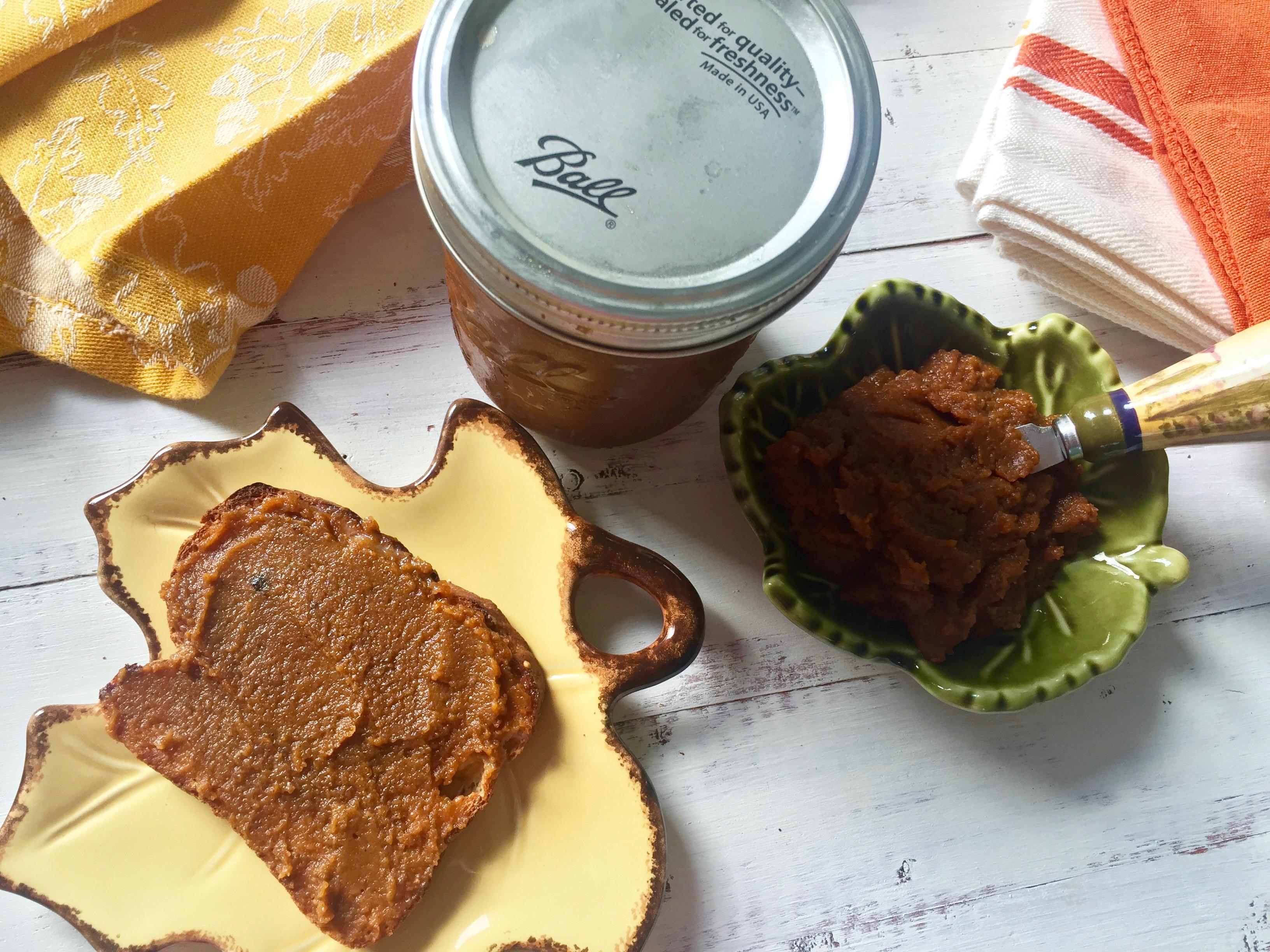Crockpot Maple Bourbon Pumpkin Butter