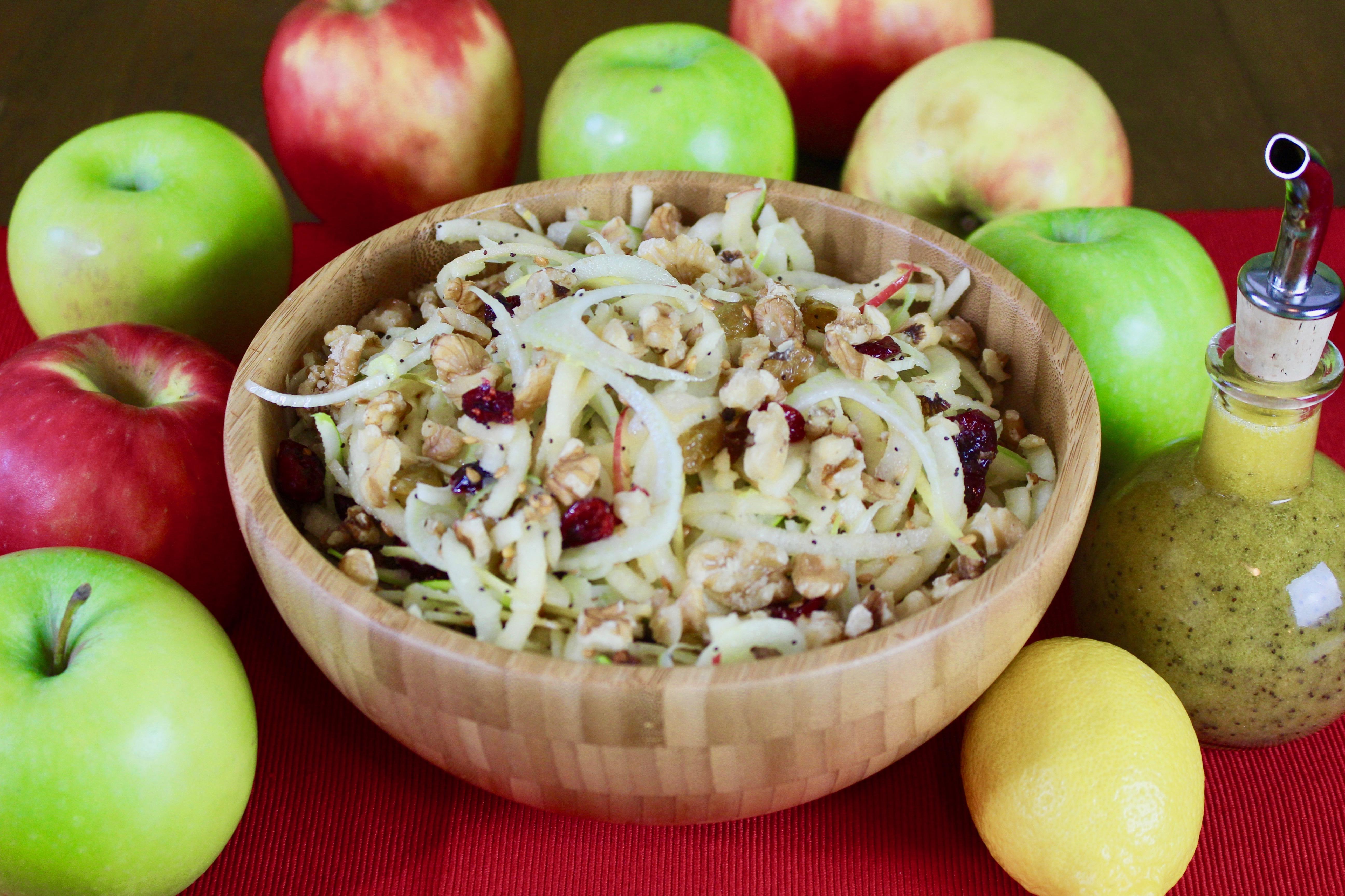 Spiralized Apple Fennel Salad